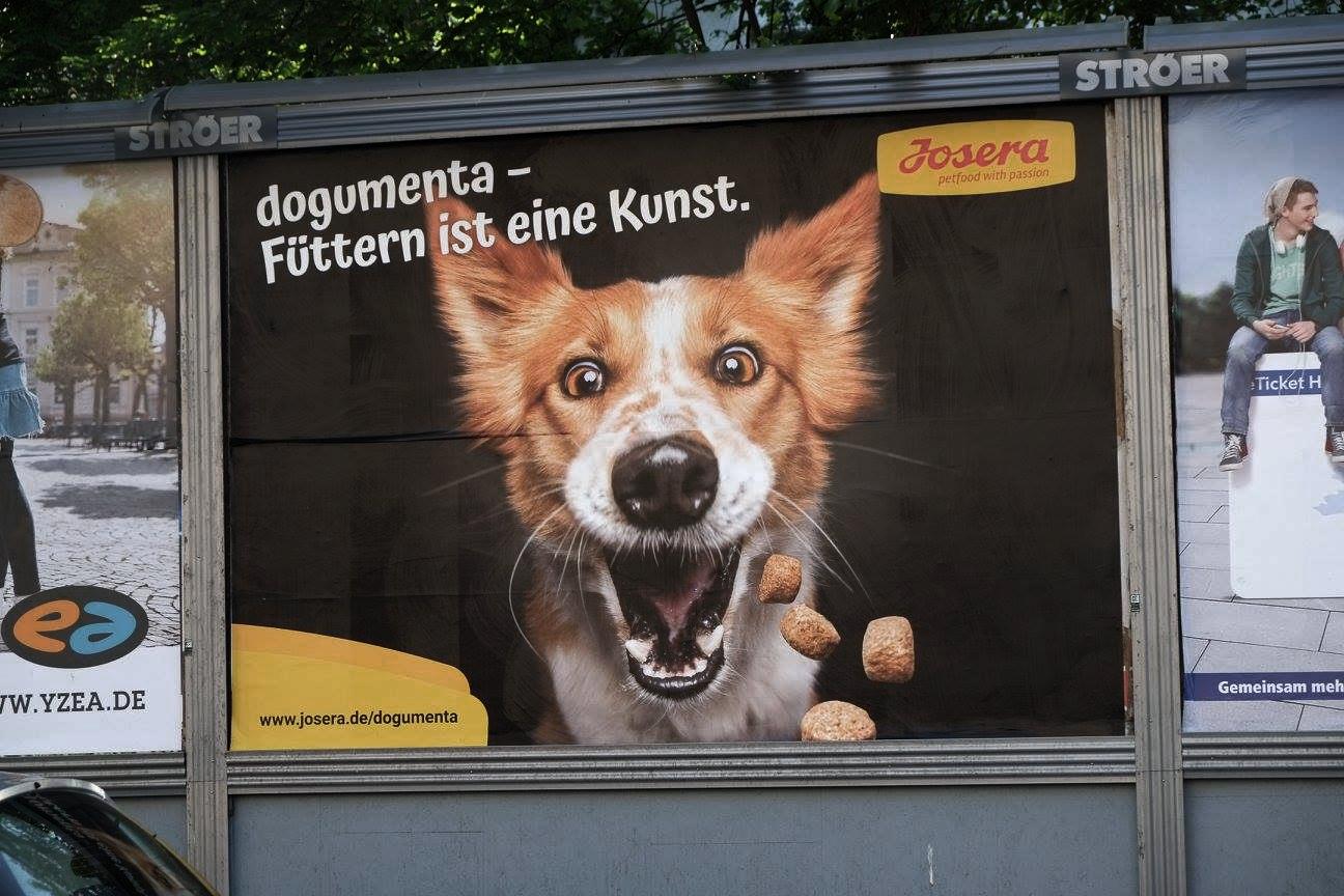 Dogumenta_FuetternIstEineKunst